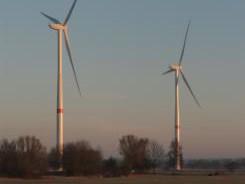 """Windenergieanlagen """"Ronja"""" und """"Ilka"""" in Neuengamme"""